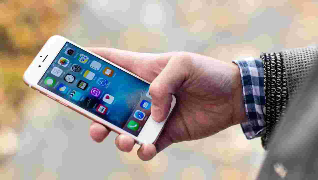 sprzedaż iphone