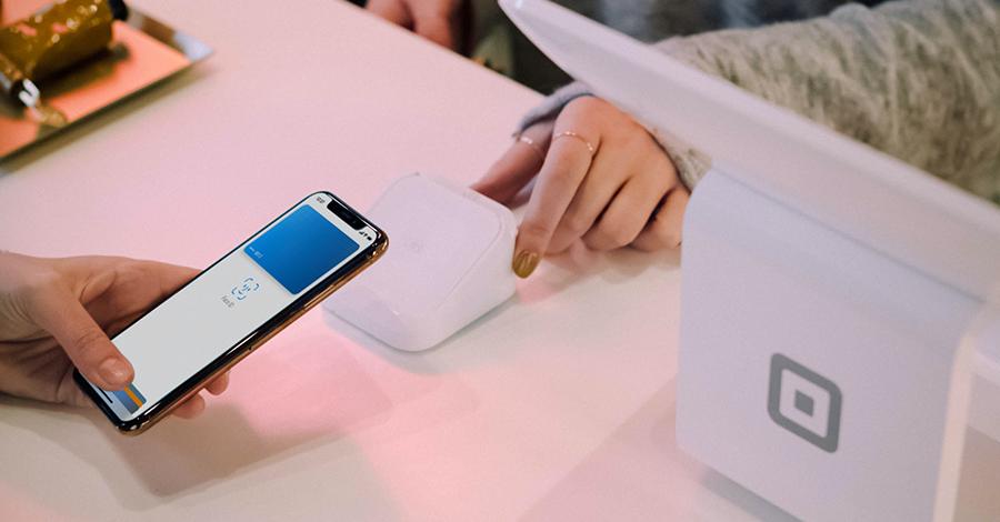 Co to Apple Pay i jak wykorzystać jego możliwości?