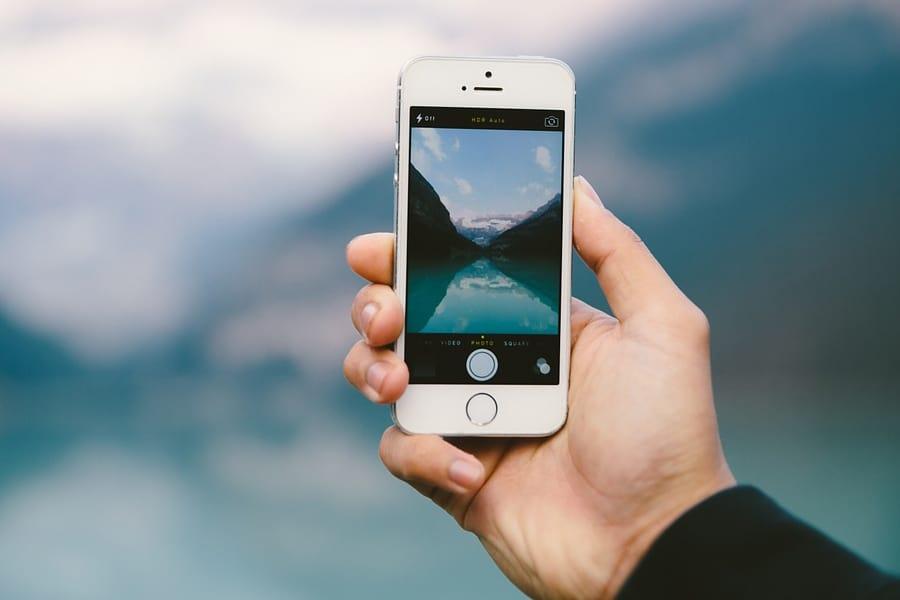 Zarządzanie zdjęciami na iPhonie