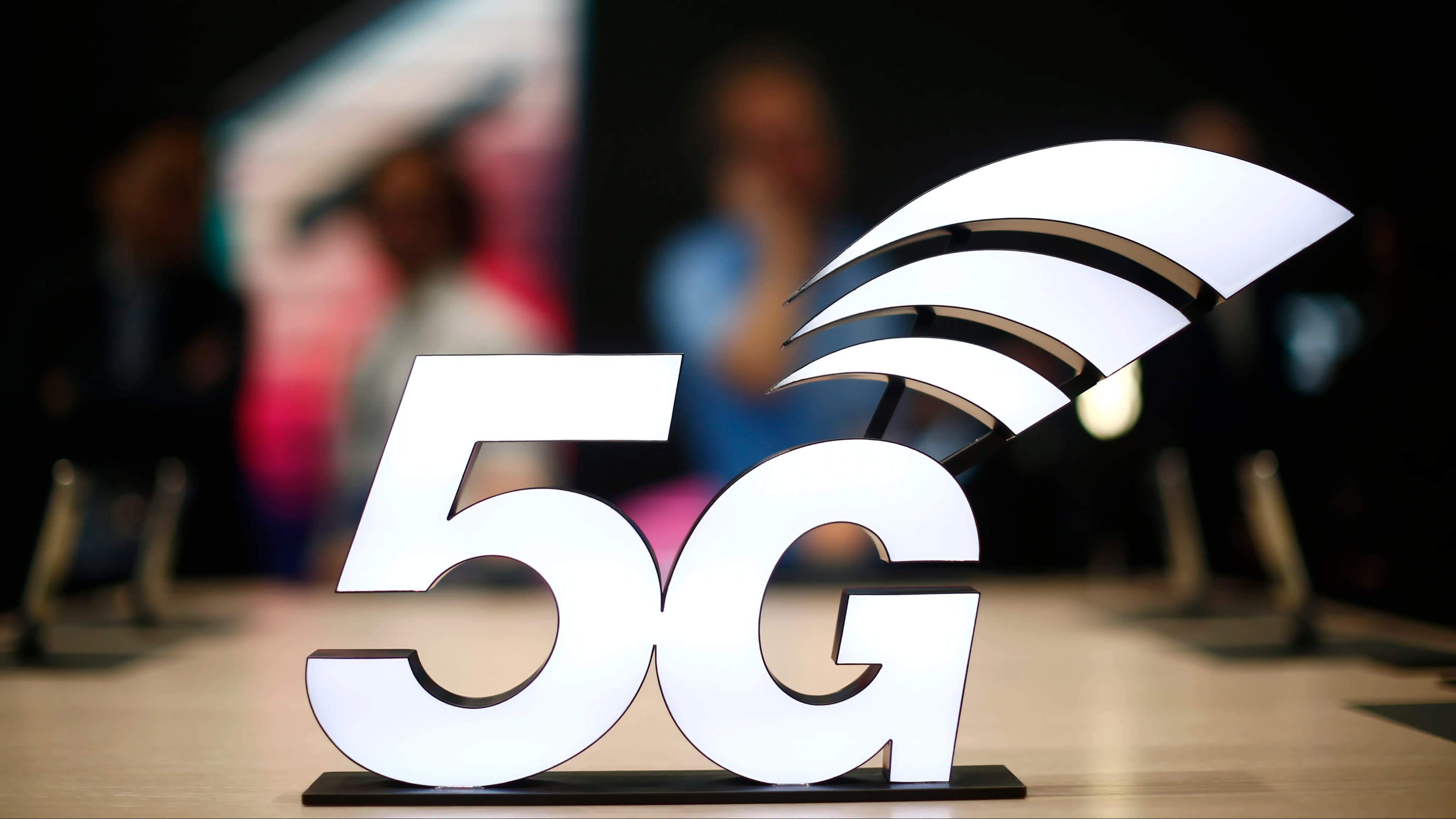 5G we wszystkich iPhone'ach w przyszłym roku?