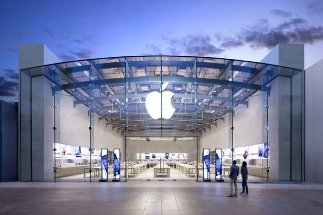 Apple w Polsce ma się coraz lepiej – świetna sprzedaż iPhone'ów i iPadów